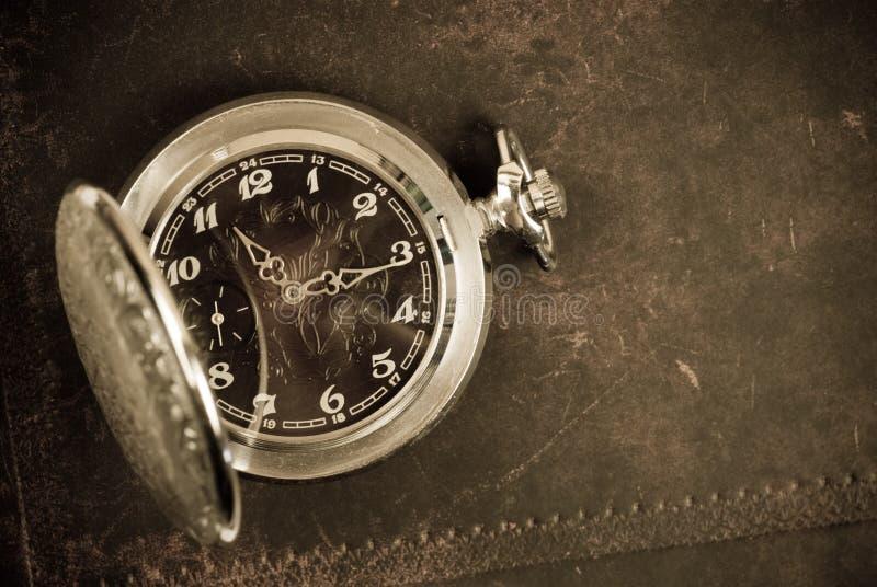 Relógio antigo velho foto de stock