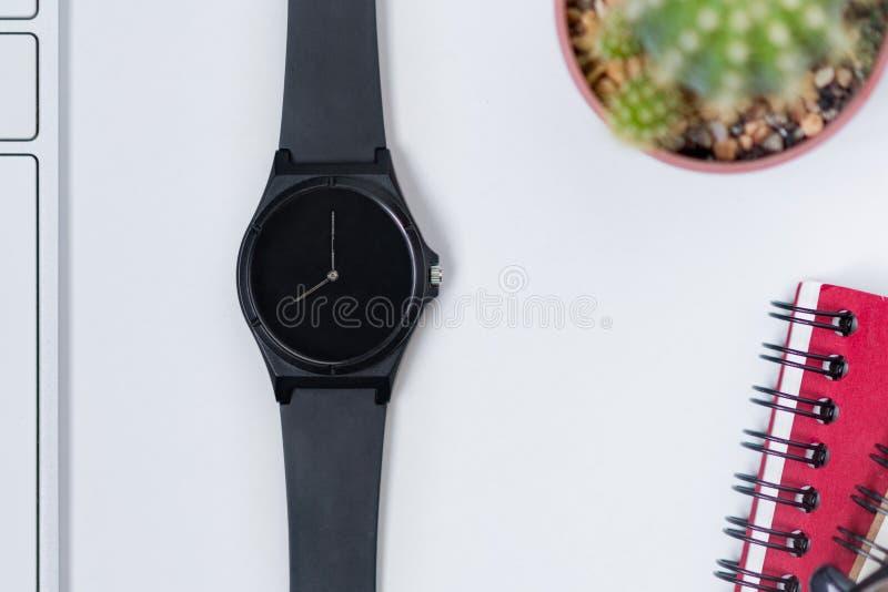 Relógio da mão fotos de stock