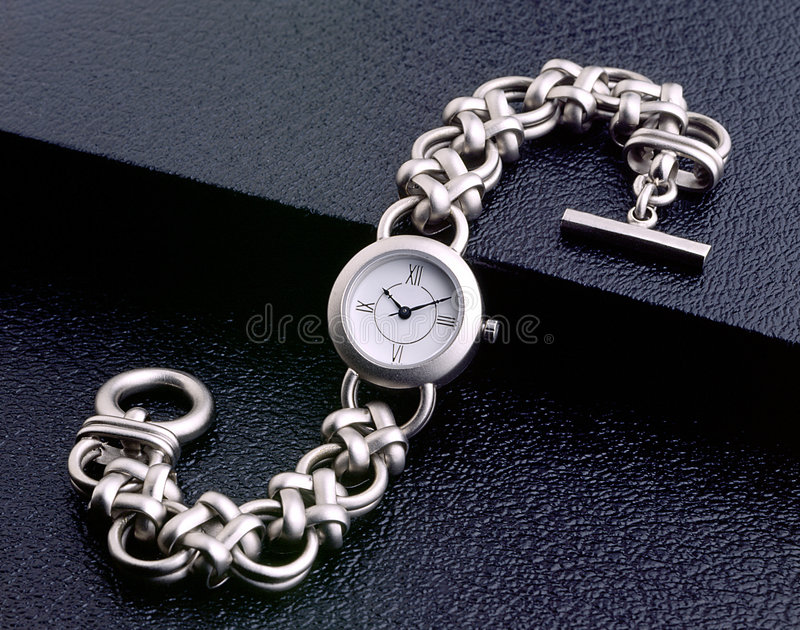 Relógio de pulso das senhoras imagem de stock royalty free