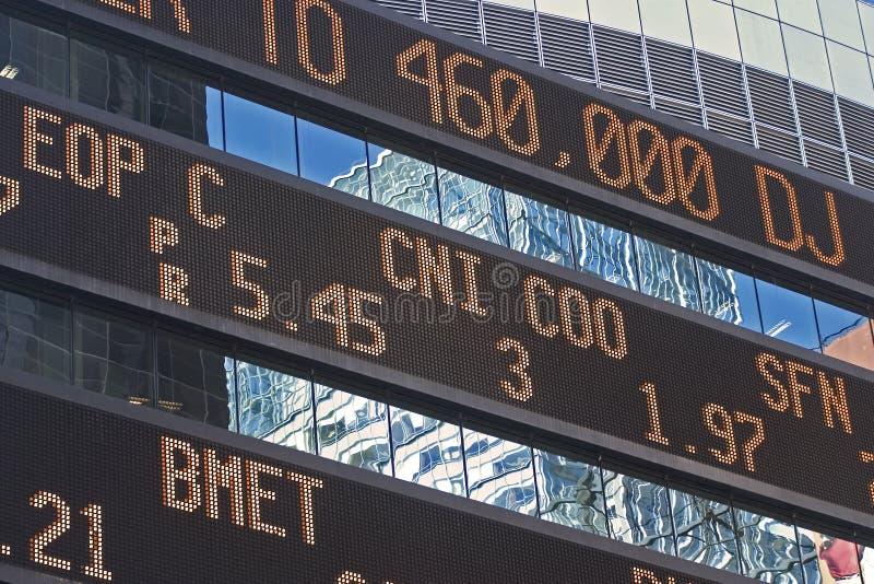 Relógio do mercado de valores de acção fotos de stock