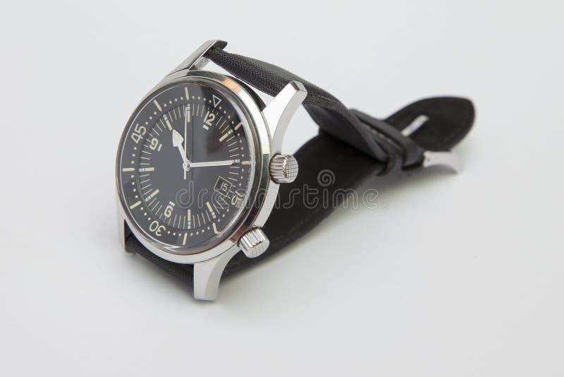 Relógio luxuoso do mergulhador dos homens com a correia sintética isolada no branco fotografia de stock royalty free