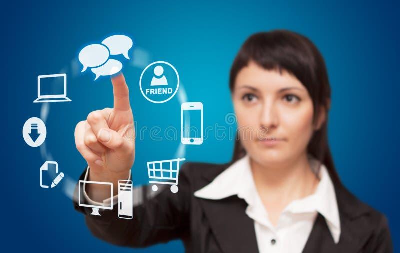 Relação do écran sensível da mulher de negócios. fotos de stock royalty free