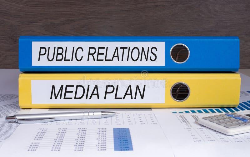 Relações públicas e plano de meios foto de stock