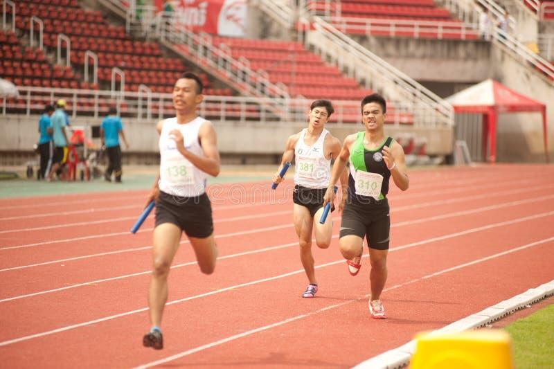 Relais in het Open Atletische Kampioenschap 2013 van Thailand. stock afbeeldingen