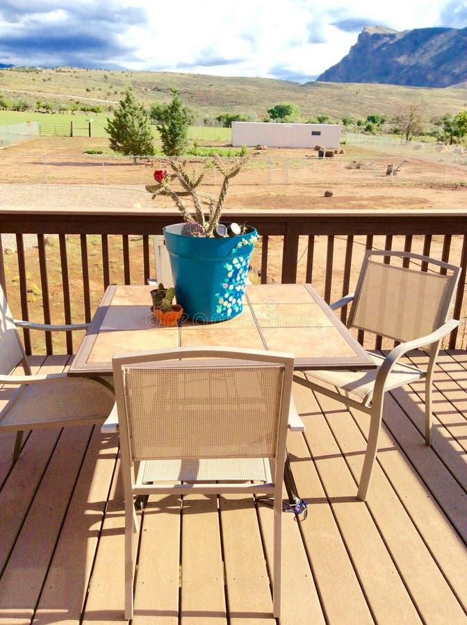 Relaksujący patio zdjęcia royalty free