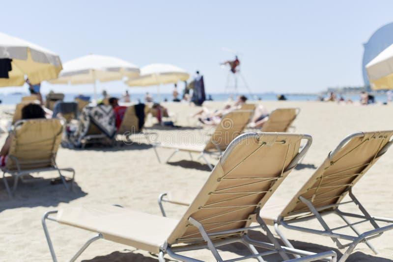 Relaksujący przy Barceloneta plażą w Barcelona, Hiszpania obrazy royalty free