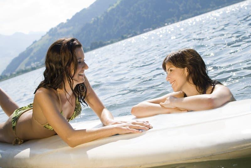 relaksujący surfboard zdjęcia royalty free