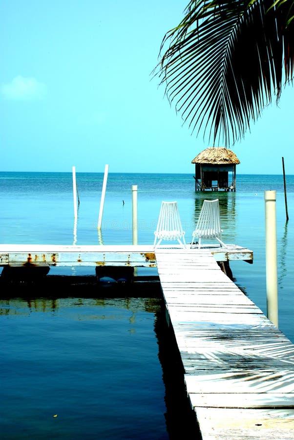 Relaksuje przed morzem karaibskim Caye doszczelniacz obrazy royalty free