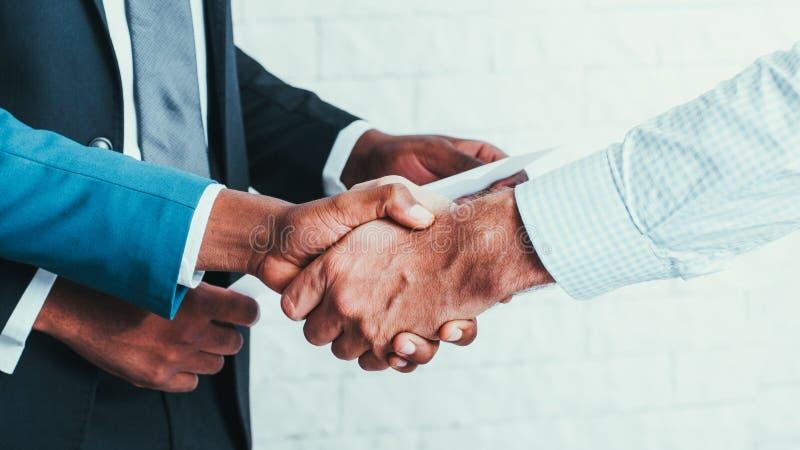 Relations d'affaires de coopération d'association images stock