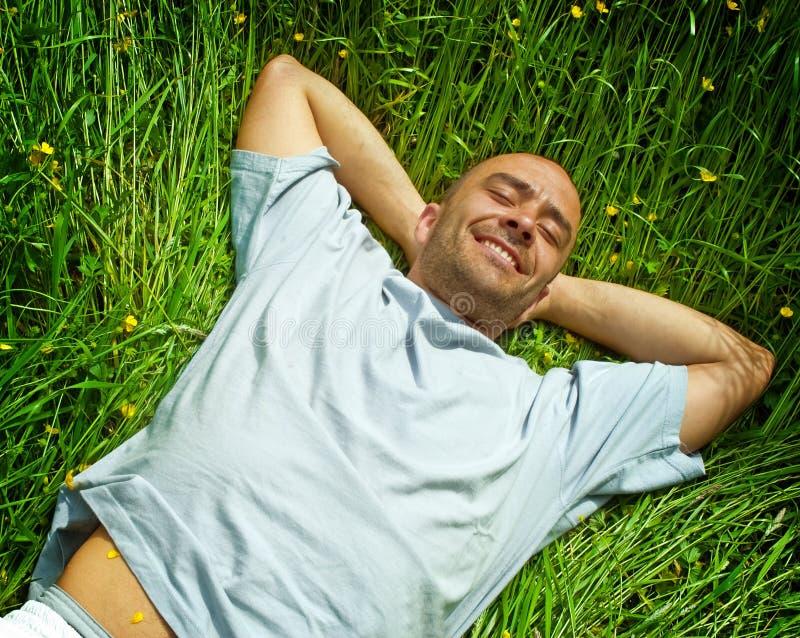 Relaxamento no campo imagens de stock