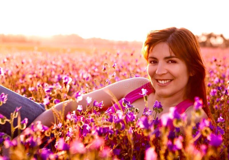 Relaxamento no prado fotografia de stock