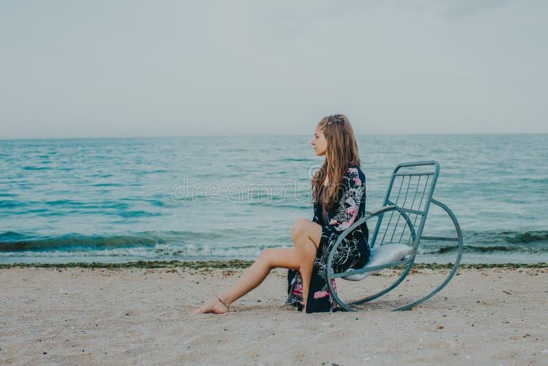 Relaxar na praia foto de stock