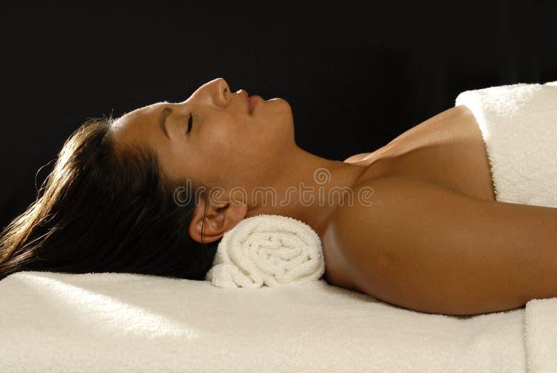 Relaxation de femme photographie stock