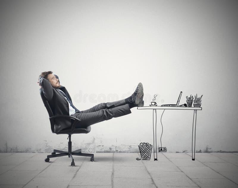 Relaxe no escritório imagens de stock