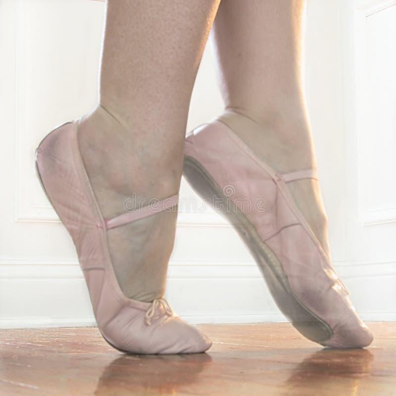 Download Releve stock image. Image of releve, step, girl, pink, grace - 41297