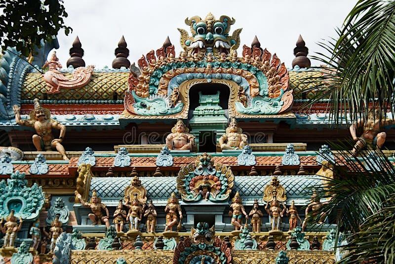 Religiösa symboler Galore, Tiruchirapalli royaltyfri bild