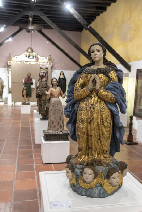 Religiöse Relikte in den Klöstern des Parroquia San Pedro Claver Cartagena lizenzfreie stockfotos