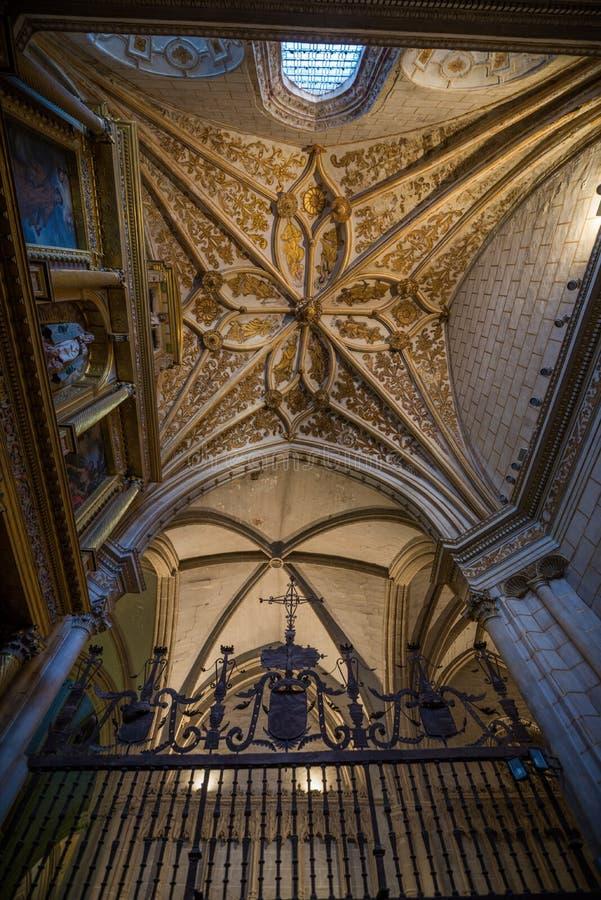 Religiöses Gebäude der gotischen Art in Palencia Spanien lizenzfreies stockfoto