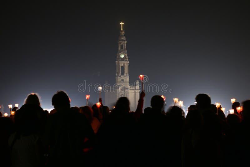 Religijni świętowania Maj 13, Portugalia, 2015 w sanktuarium Fatima - zdjęcie stock