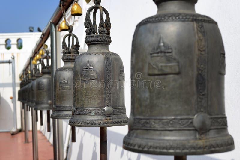 Religijni dzwony w świątyni obraz royalty free