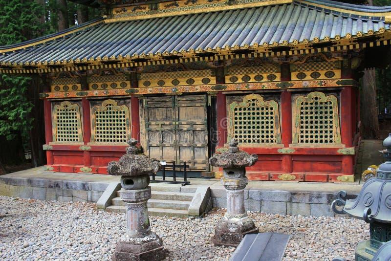 Relikskrin på den Rinnoji templet Nikko Japan royaltyfria foton
