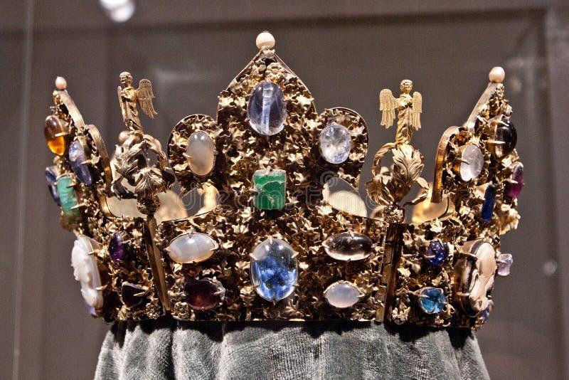 Relikskrinkrona av Henry II, Munich Residenz, Tyskland royaltyfria foton