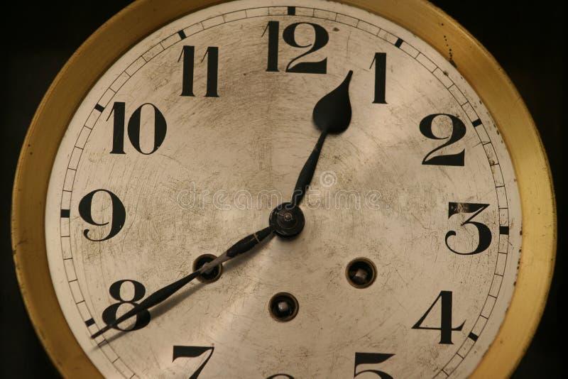 Download Reloj foto de archivo. Imagen de tiempo, plata, viejo, dial - 189116