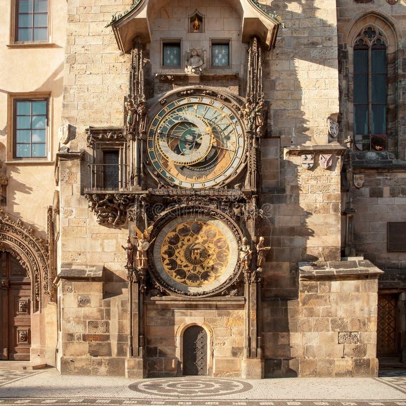 Reloj astronómico en el centro de ciudad de Praga, República Checa fotografía de archivo libre de regalías