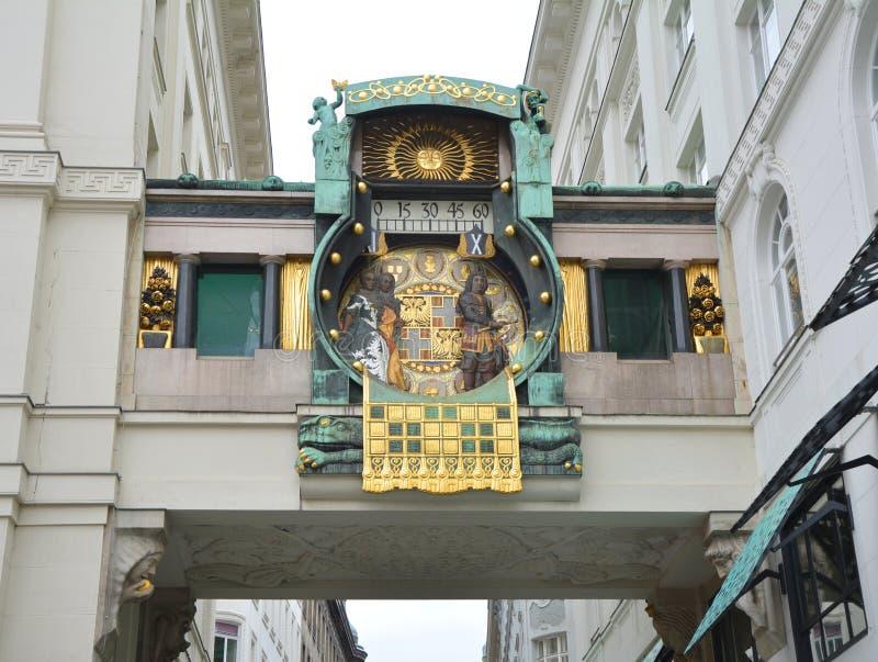 Reloj astron?mico en Viena fotos de archivo