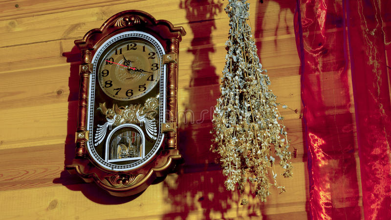 Reloj casero imagenes de archivo