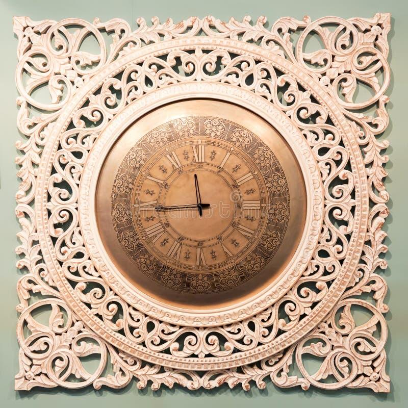 Download Reloj Clásico Con El Indicador Móvil Foto de archivo - Imagen de arte, casero: 42426776