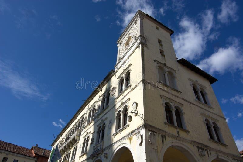 Reloj de ayuntamiento de Belluno foto de archivo libre de regalías