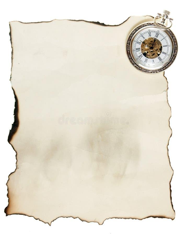 Reloj De Bolsillo De La Vendimia Y Papel Viejo Fotos de archivo