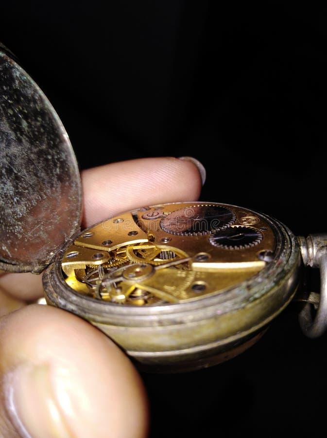 Reloj de bolsillo histórico de Suiza usado por guerra mundial militar imagenes de archivo