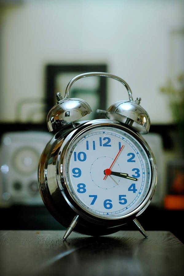 Reloj de la alarma del anillo imágenes de archivo libres de regalías
