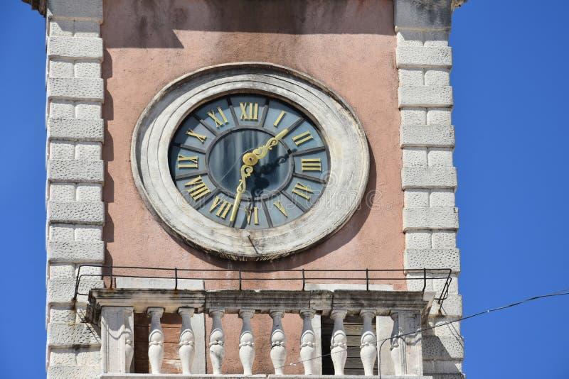 Reloj de la casa de guardia en Zadar foto de archivo