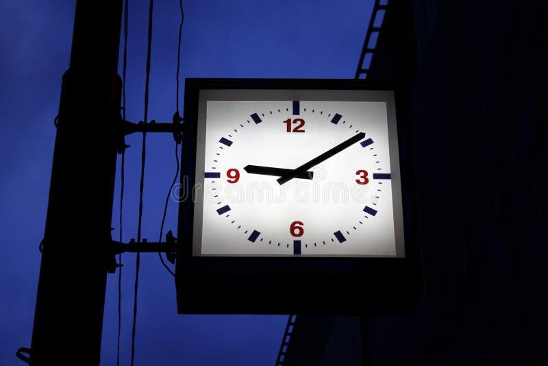Reloj de la ciudad foto de archivo libre de regalías