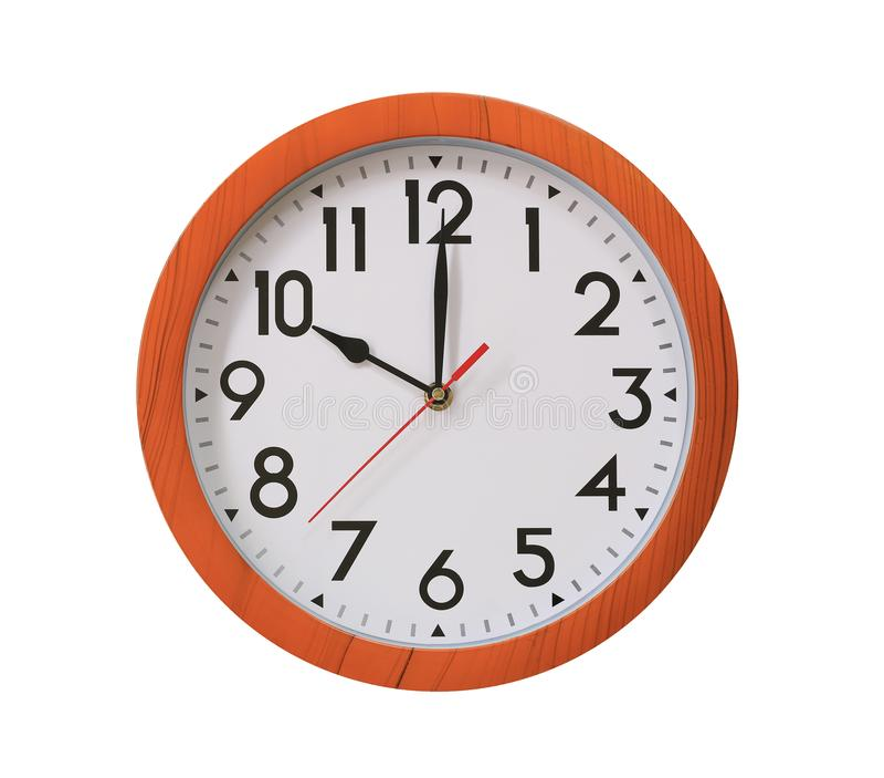 reloj de la madera del marrón del modelo en las diez aislada en el CCB blanco fotos de archivo libres de regalías