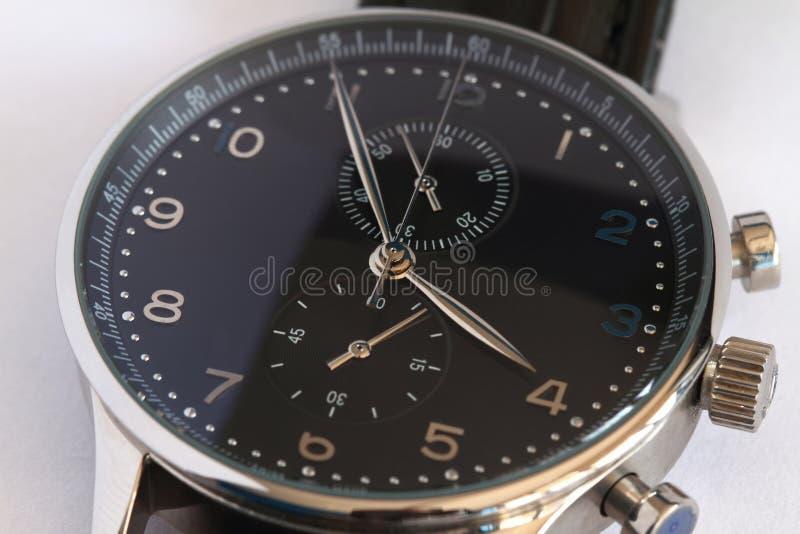 Reloj de los hombres imagen de archivo libre de regalías