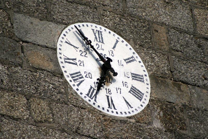Reloj de pared viejo fotografía de archivo libre de regalías