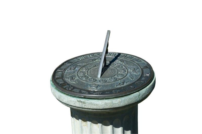 Reloj de sol viejo en el parque fotografía de archivo libre de regalías