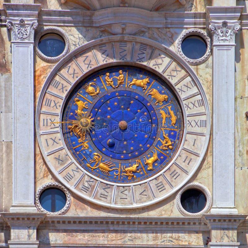 Reloj del zodiaco en el cuadrado de San Marco en Venecia imágenes de archivo libres de regalías