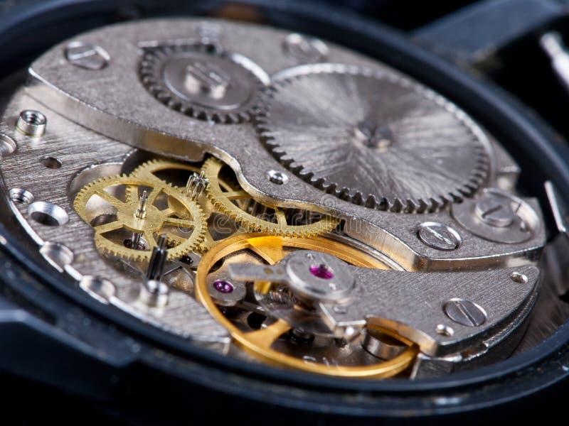 Reloj desensamblado foto de archivo