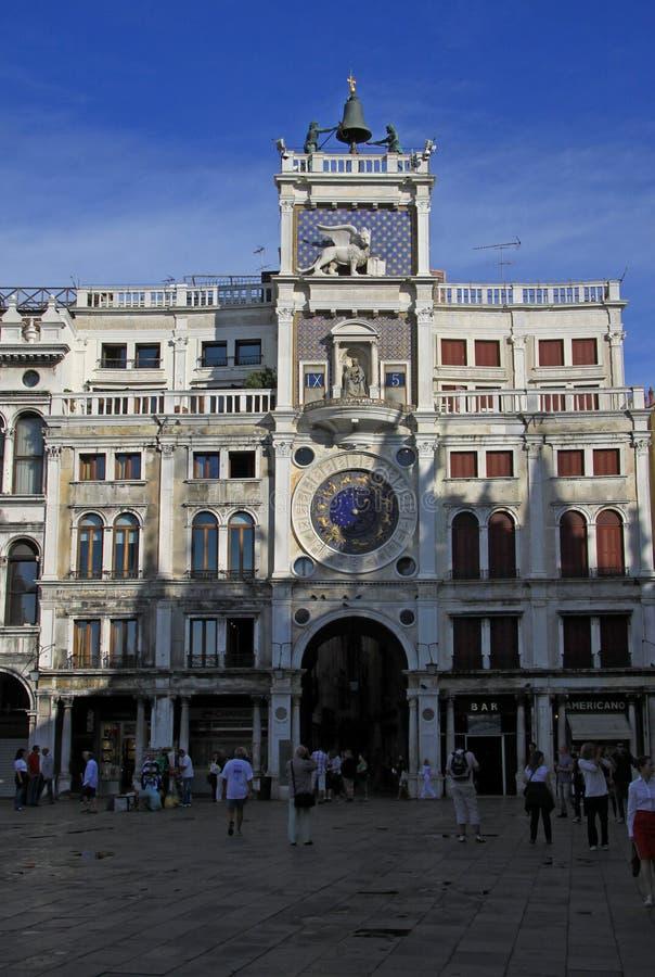 Reloj en Clocktower de St Mark en la Plaza de San Marcos (plaza San Marco) en Venecia, Italia fotos de archivo libres de regalías