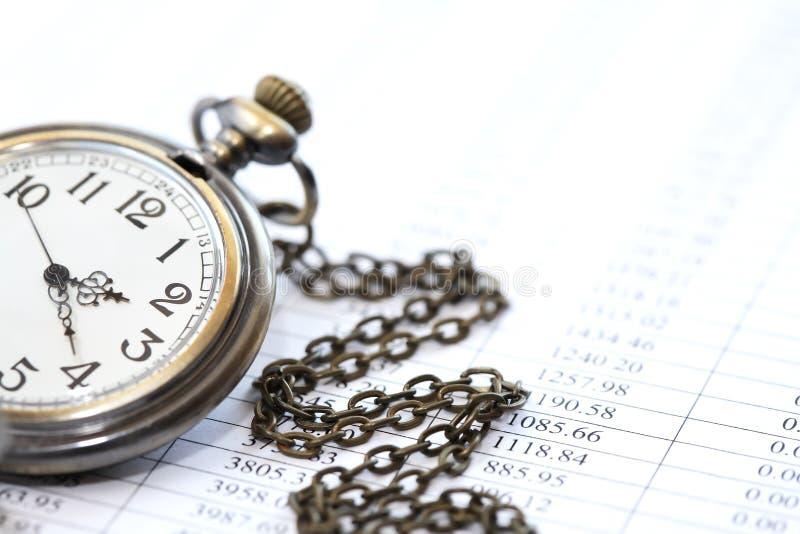 Reloj en dígitos imagenes de archivo