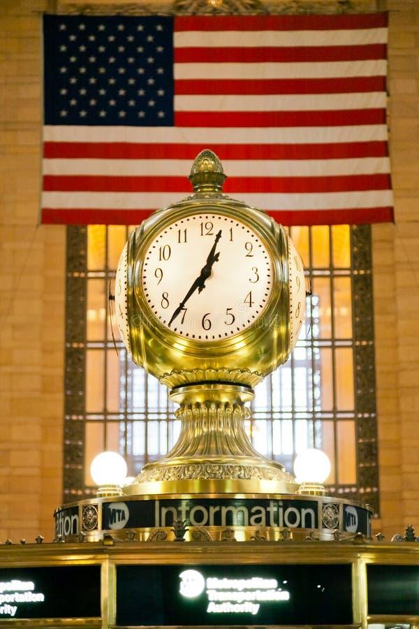 Reloj en el terminal de Grand Central fotos de archivo