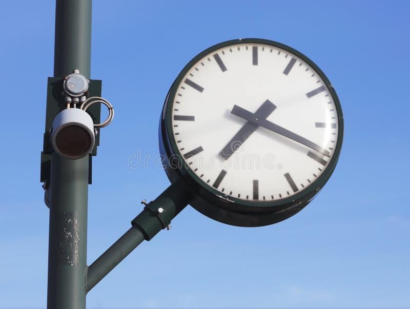 Reloj público imagen de archivo