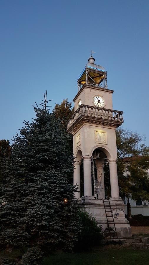 Reloj viejo en el afternnoo de Grecia del epirus de la ciudad de Ioannina imágenes de archivo libres de regalías