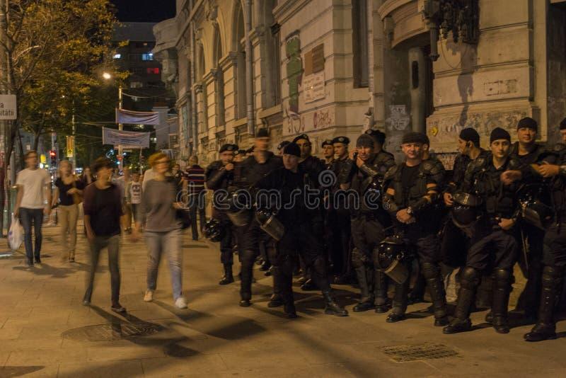 Relpolitiemannen die orden wachten royalty-vrije stock foto