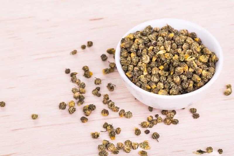 Remédio tradicional da flor do crisântemo para melhorar a visão, cle fotos de stock
